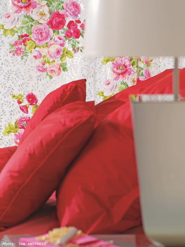 Designer Tips Decorating With Fabric Archi livingcom