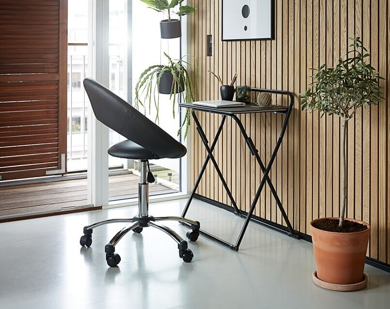 foldable work desk for home,jysk radni stolovi i stolice,small home office by the balcony,workplace ideas for small business,small home office interior design,