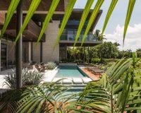 luxury home designs america,glass architecture modern,luxury landscape design,garden design ideas,high end outdoor furniture,