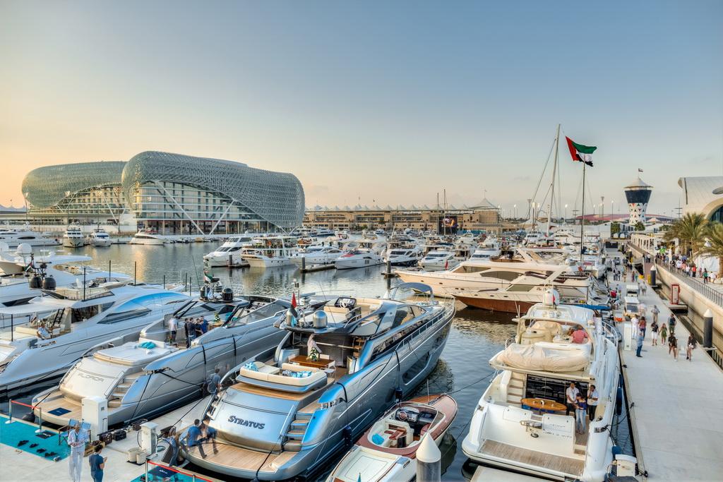 K_YAS-MARINA_YAS-ISLAND_UAE_travel-destination_Archi-living_resize.jpg