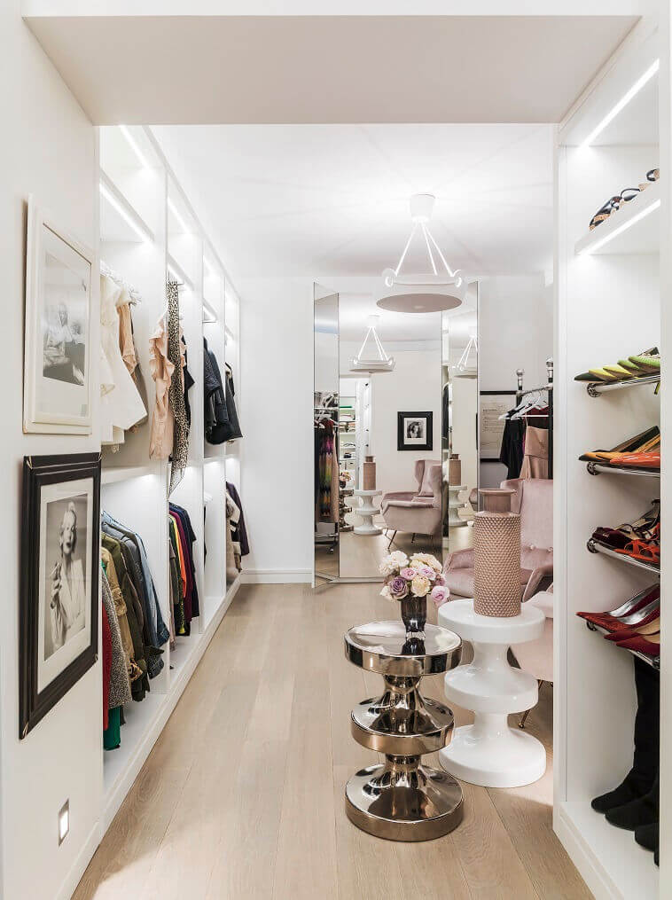 kelly hoppen walk in closet,designer walk in wardrobe,artistic closet designs,how to organize closet,wardrobe design inside,