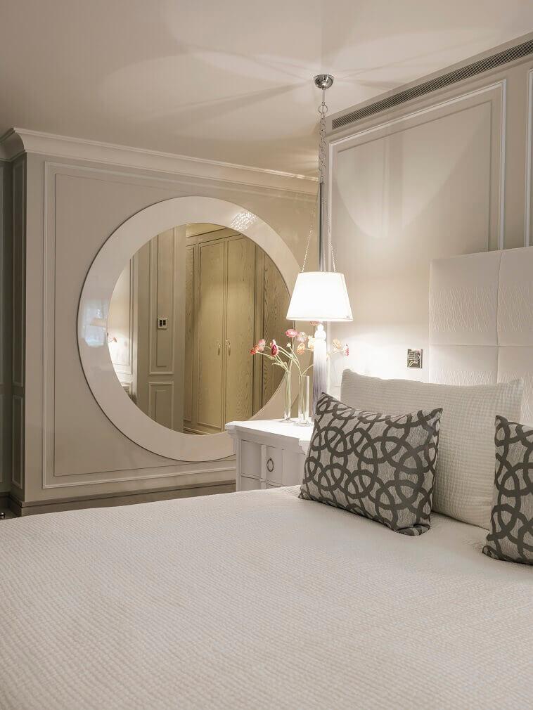 neutral color bedroom ideas,kelly hoppen interior design projects,modern luxury bedroom design,kelly hoppen bedroom design,high end residential interior designers london,