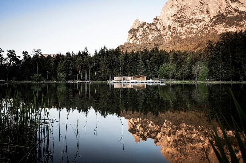modern lake house architecture,lago völser weiher,south tyrol lake recreation,recreational facilities architecture,studio noa network of architecture,