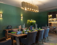 wood element feng shui colors,green walls in dining room,green and gold dining room,