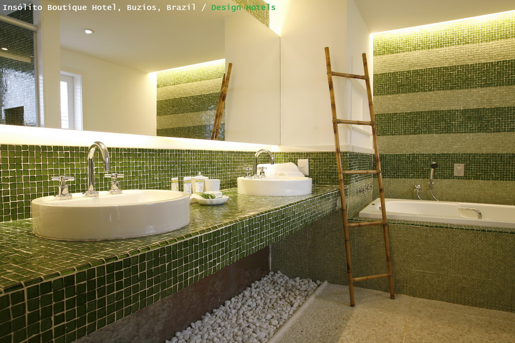 M_Insolito_Boutique_Hotel_Design_Hotels_Brazil_bathroom_Archi-living_resize.jpg