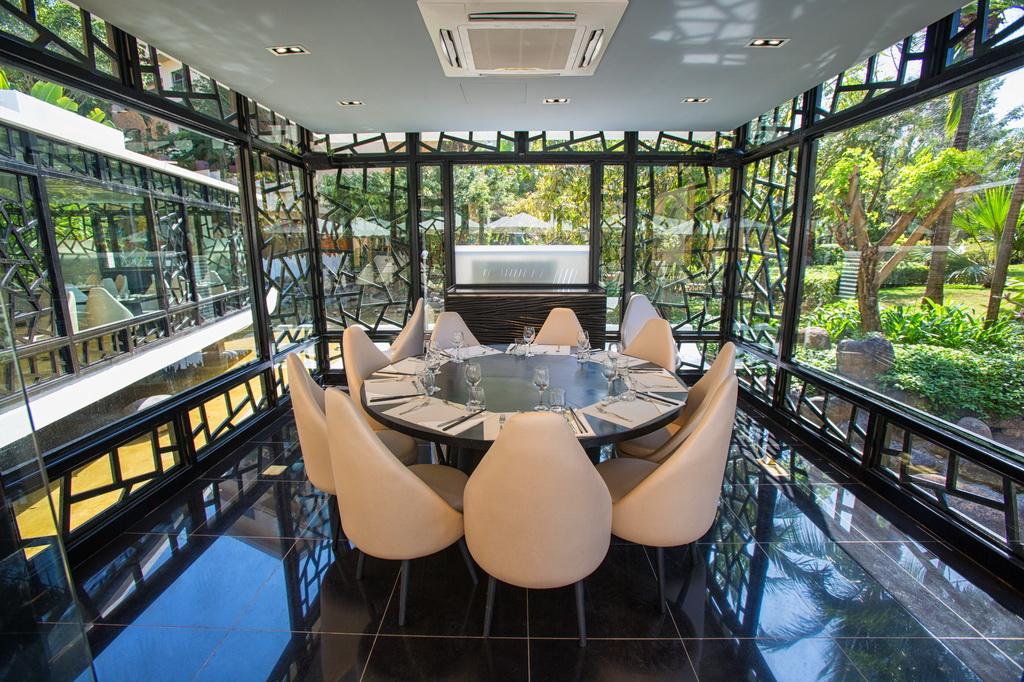 luxury restaurant design,restaurant design ideas,high end restaurant design,modern restaurant design,luxury bar design,bar design ideas,