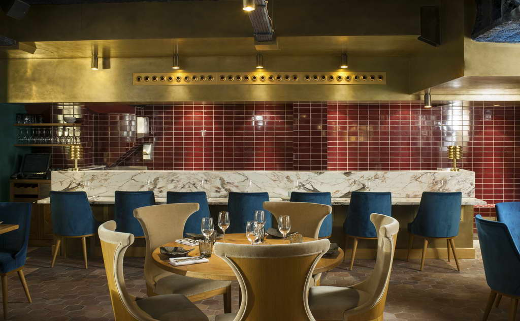 table setting ideas,best restaurants in paris,peruvian restaurants in france,luxury restaurant ideas,blue dining room chairs,