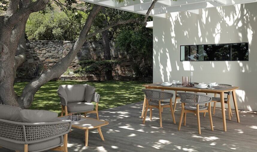 Cristian Visentin furniture,talenti outdoor living,outdoor furniture with soft padding,lunch in the garden ideas,how to design outdoor space,