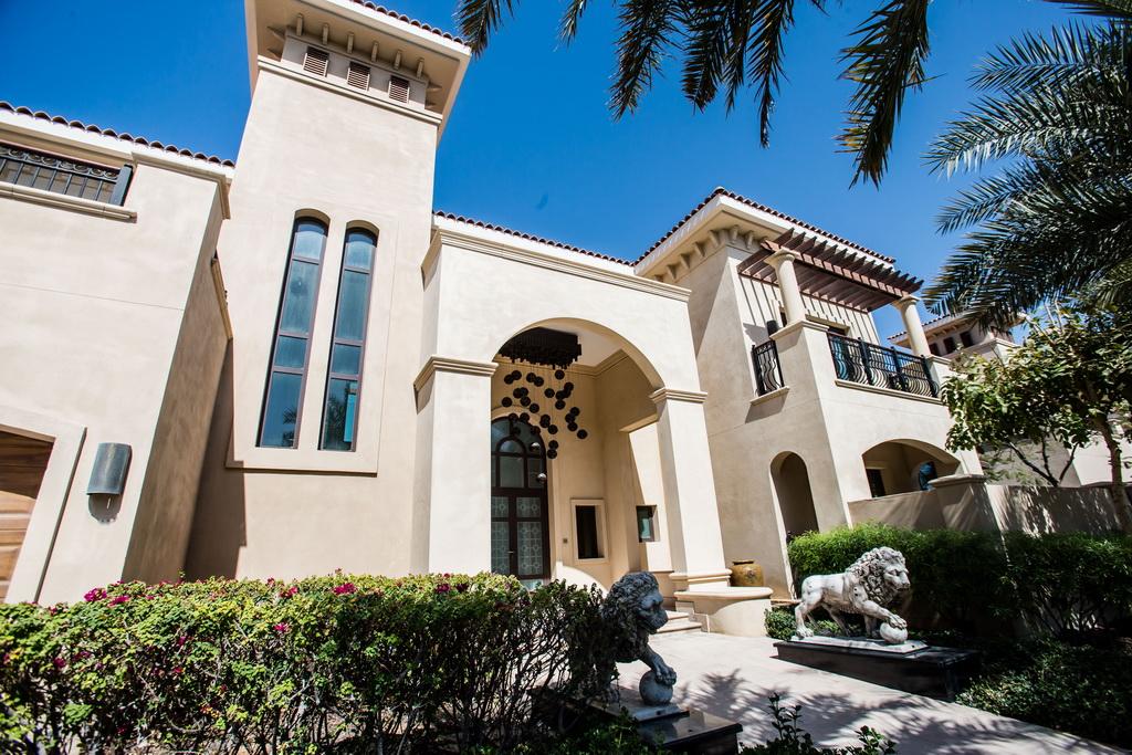 Saadiyat Private Residences,luxury villas uae,luxury villa design photos,luxury architecture uae,family residence uae,