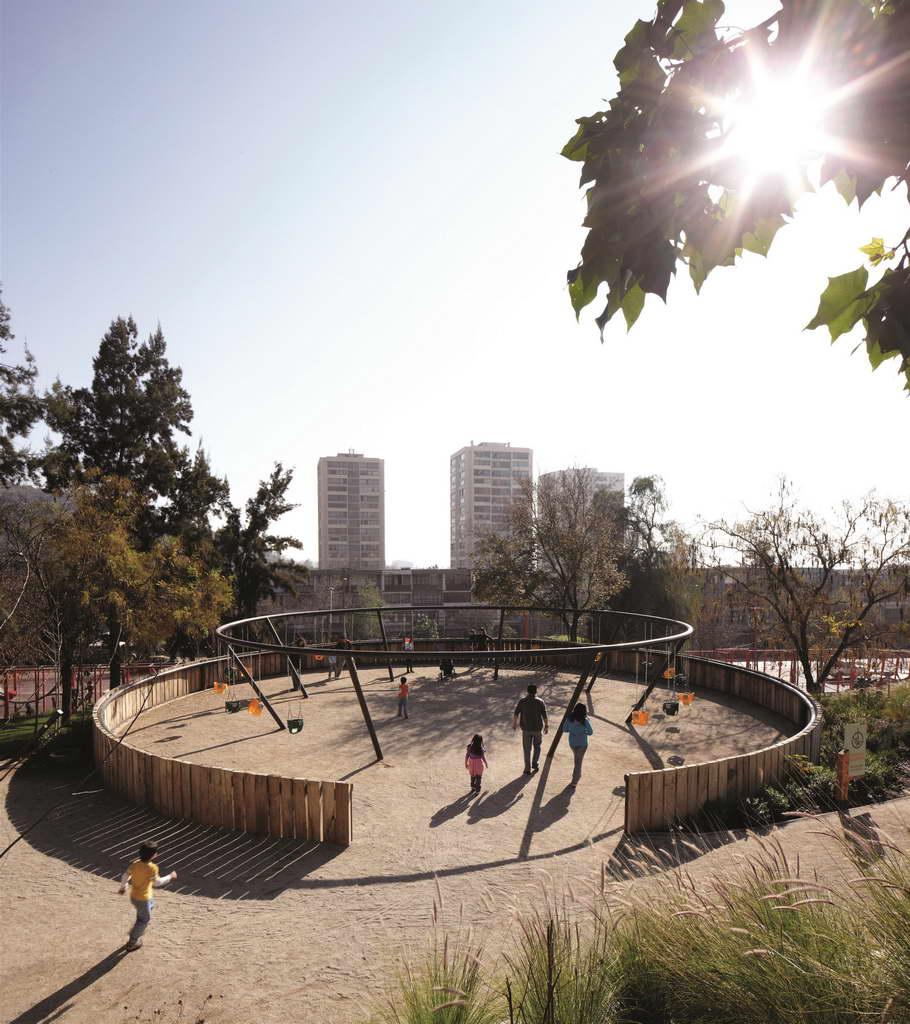 N_Alejandro-Aravena-Bicentennial-Childrens-Park_Santiago_Chile_photo-Cristobal-Palma_Archi-living_resize.jpg