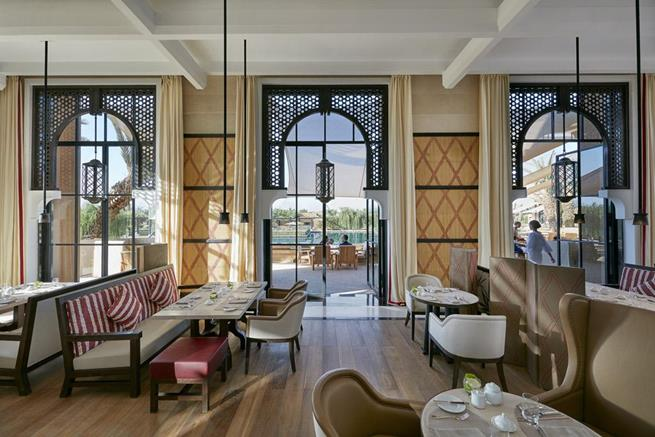 The new mandarin oriental hotel in marrakech archi for Five star boutique