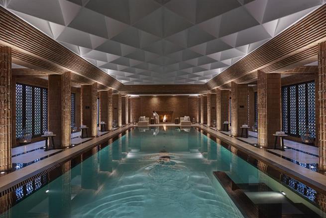 romantic weekend in morocco,mandarin oriental poolside,pool lounge in luxury hotel,luxury hotel design ideas spa,travel destinations morocco,