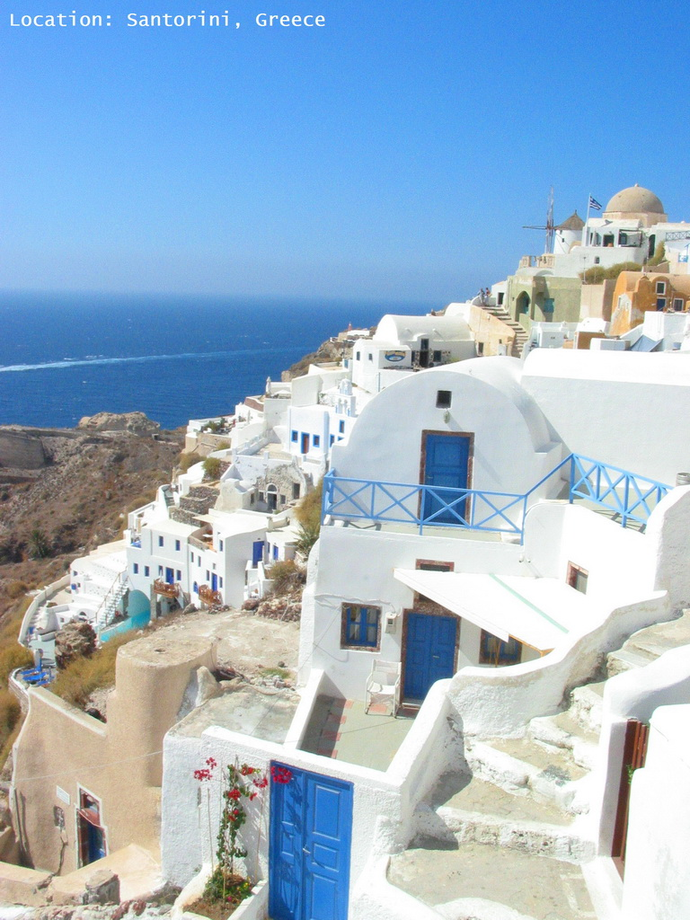 O_Santorini_Greece_architecture_blue-white_houses_Archi-living_resize.jpg