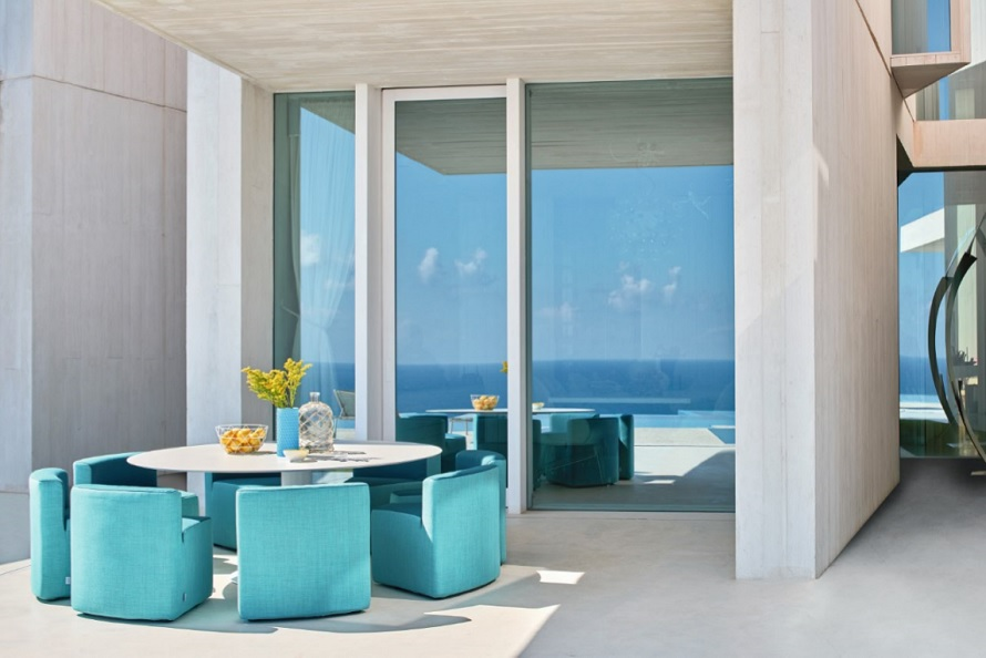 Outdoor-Furniture_Garden_Table_Armchairs_Varaschin_Design_INOUT-Collection_Archi-living_A.jpg