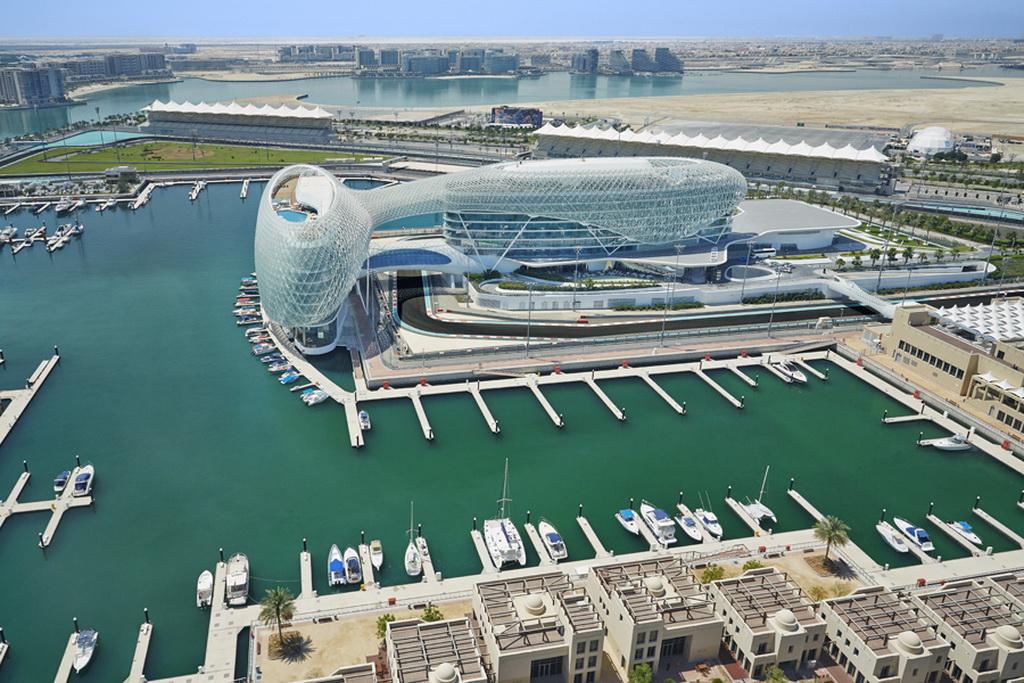 P_Yas_Island_airview_Yas-Viceroy-Abu-Dhabi-Hotel_UAE_Archi-living_resize.jpg