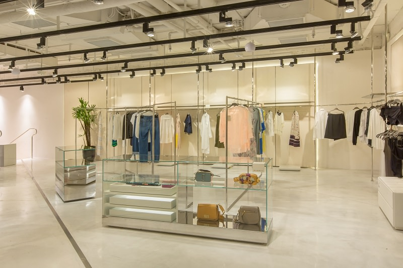 Retail Design Ideas – Runway Concept Store by Fabio Ferrillo | Archi ...