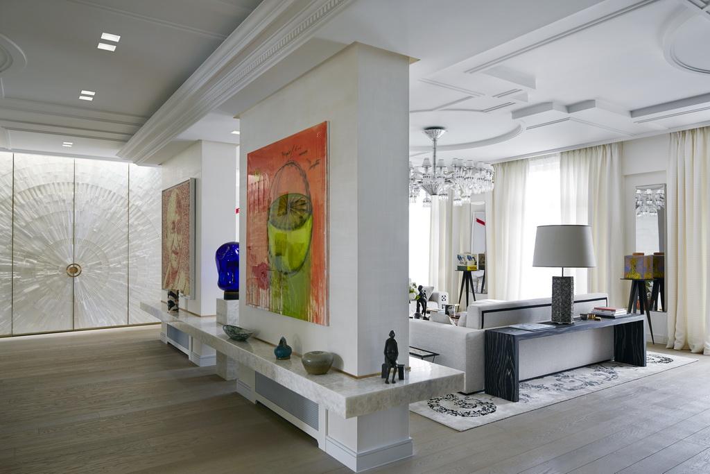 Place des etats unis by stephanie coutas archi for Villa de luxe interieur