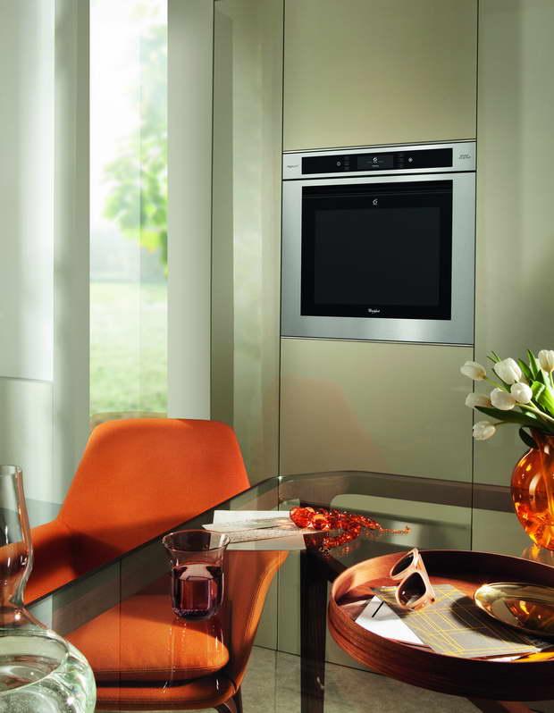 SLIKA-1-DG201312163_Oven-Fusion-Full-touch-6th-sense_resize.jpg