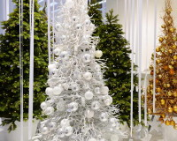 Christmas tree decorations ideas,Christmas decoration ideas,creative ideas for Christmas decorations,Christmas living room ideas,Christmas bedroom decor,White Christmas tree decorating ideas,white gold Christmas tree,Christmas tree decorations,white themed Christmas tree,decoration ideas,home decor ideas,interior decorating