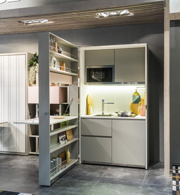 tiny kitchen design,small apartment kitchen ideas,small kitchen in a cupboard,small kitchen built in cupboards,storage ideas in small kitchen,