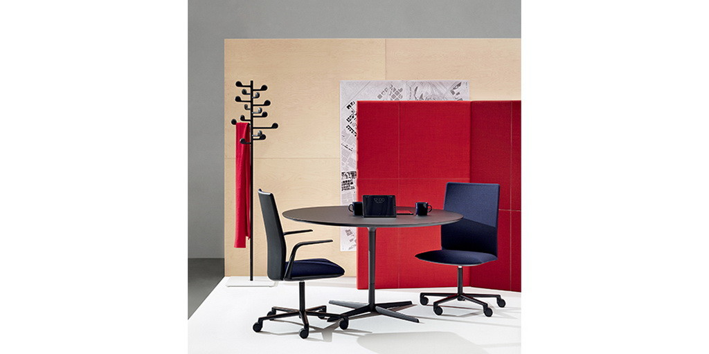 trendy offices feel like at home archi. Black Bedroom Furniture Sets. Home Design Ideas