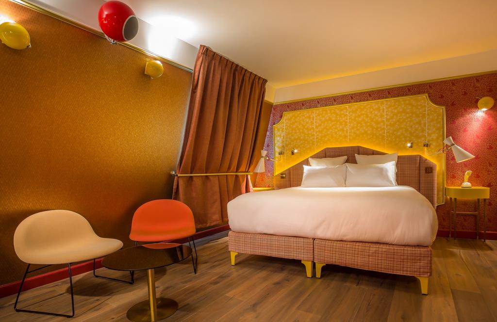 SUITE-FEELING-GOOD-6-IDOL-HOTEL-PARIS-8.jpg