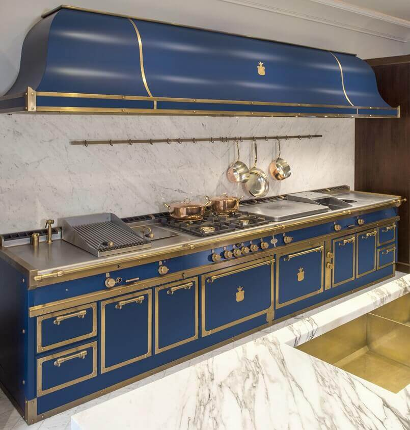 officine gullo firenze cucine,sapphire blue kitchen cabinets,blue kitchen color design ideas,restaurant kitchen in home,luxury kitchen decor ideas,