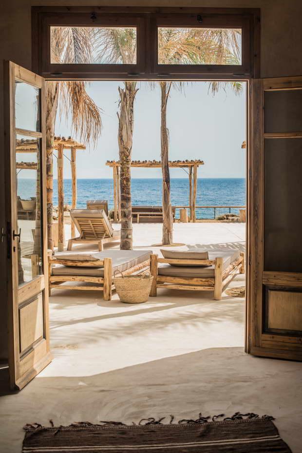 Scorpios_Mykonos_Design_Hotels10_resize.jpg