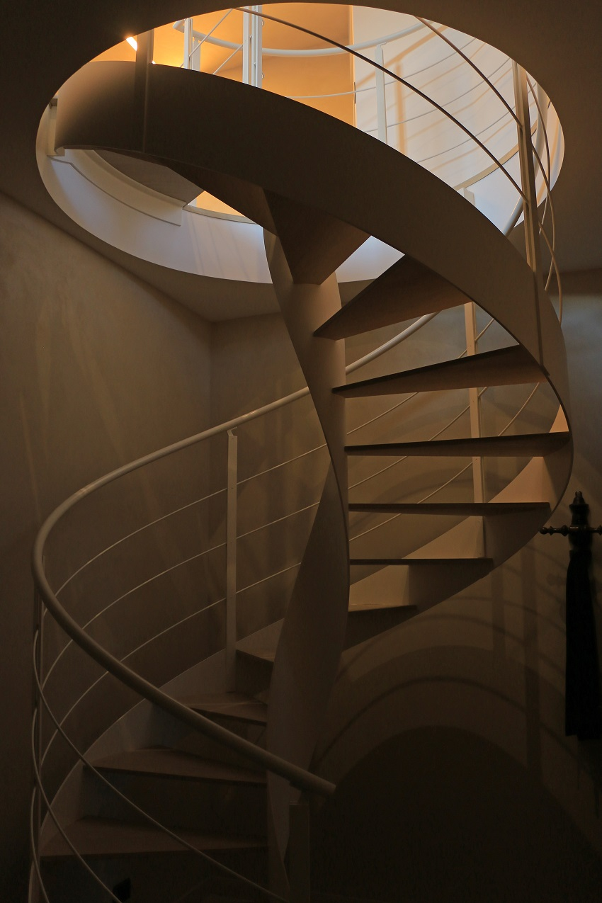 Rizzi Scale, Spiral Staircase, Living Room Ideas, Living Room, Interior Design Ideas, Dining Room Design, AreaNova Architecture Workshop, Design Project
