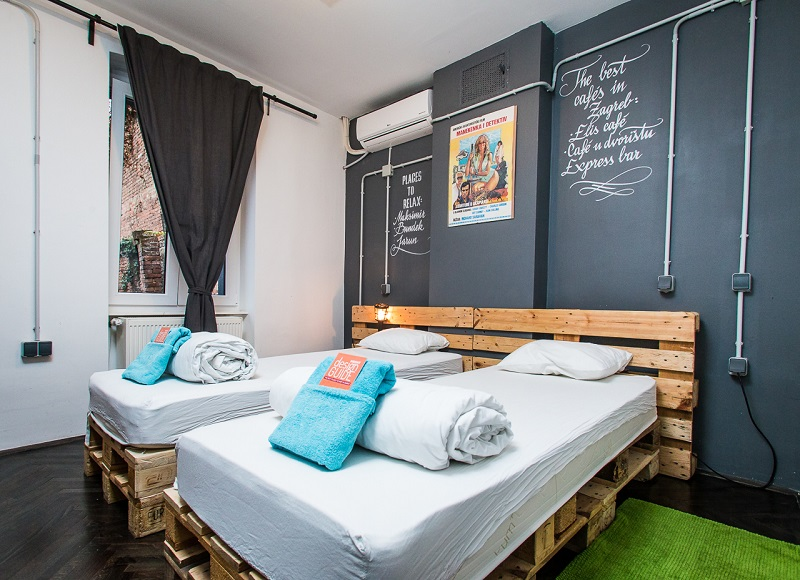 Hostel design ideas swanky mint hostel designed in for Hostel room interior design ideas