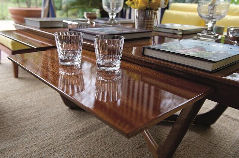 wooden outdoor coffee table designs,extractable coffee table designs,mahogany coffee table luxury,unopiu tavolo esterno,high end outdoor living spaces,
