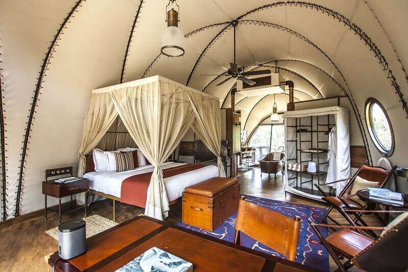 luxury camping bedroom,bed canopy steampunk,luxury resort interior design,steampunk bedroom design,steampunk interior design ideas,