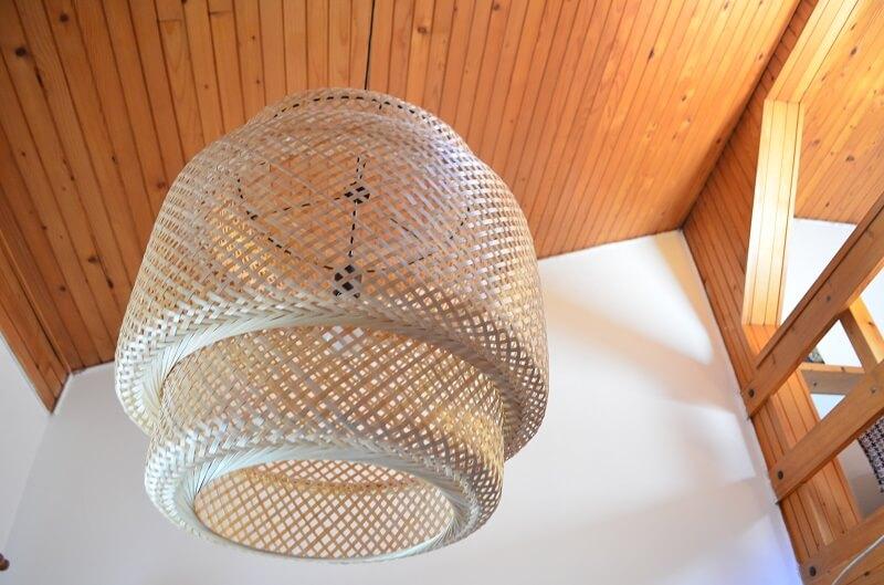 lamp shade made of bamboo,lampa od bambusa,bambus za uređenje doma,bamboo lamp shade design,bamboo ceiling light,