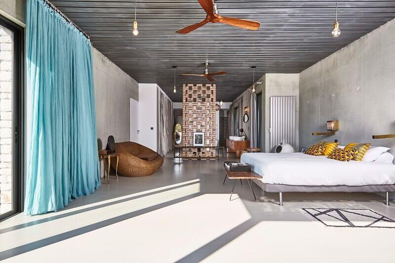 rattan furniture bedroom,polished concrete interior design,wooden ceiling fan design,mid century modern bedroom ideas,openwork brick panel bedroom,