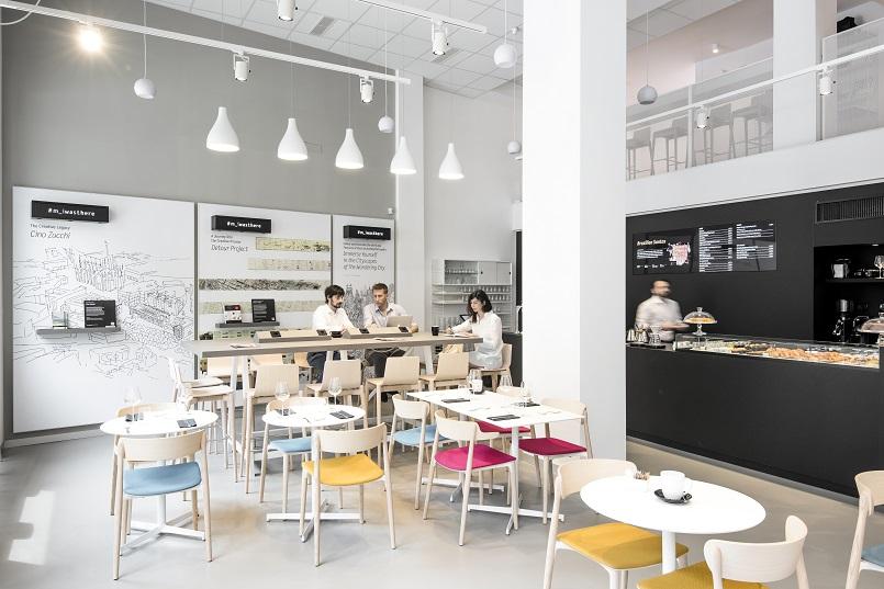 Moleskine Café - a Contemporary Version of the Classic Literary Café ...