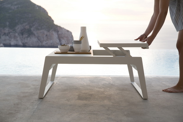 chill-ou-coffee-table_2_resize.jpg