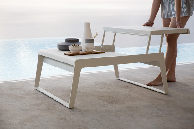 chill-out_coffee-table_resize.jpg