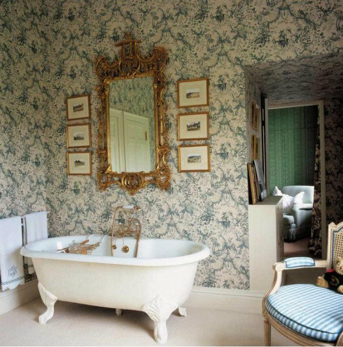 luxury gold mirror in bathroom,white gold blue luxury bathroom ideas,classic bathroom wallpaper,high end bathroom furniture,classic bathtub with legs,