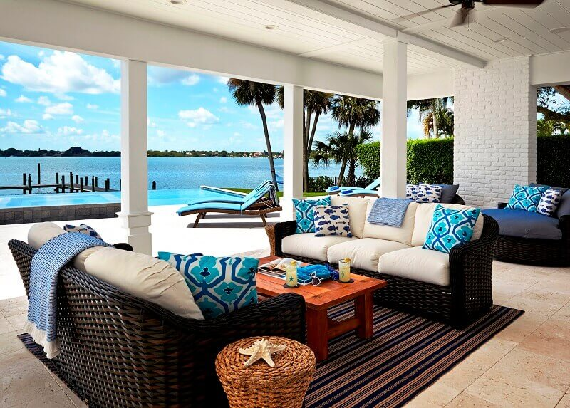 coastal style outdoor decor ideas,modern beach house décor,how to decorate beach house,décoration style maritime,coastal style home décor,