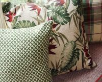 complementary colors green and red,complementary colors decorating,color schemes,decorative cushion ideas,interior design ideas,
