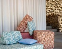 complementary colors blue and orange,complementary color scheme design ideas,decorative cushions,outdoor decor ideas,home decor,
