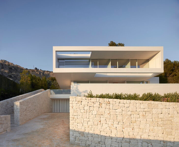 mountain houses architecture,mountain houses outdoor design,contemporary stone house,contemporary stone architecture,contemporary stone house designs,
