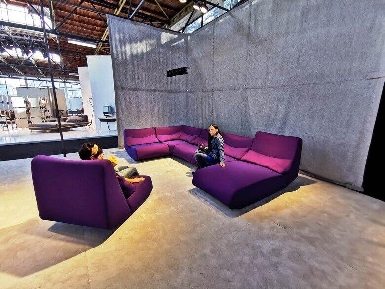 purple designer furniture,sjedeća garnitura ljubičasta,designer corner sofa set,living room design trends 2019,numen for use design,