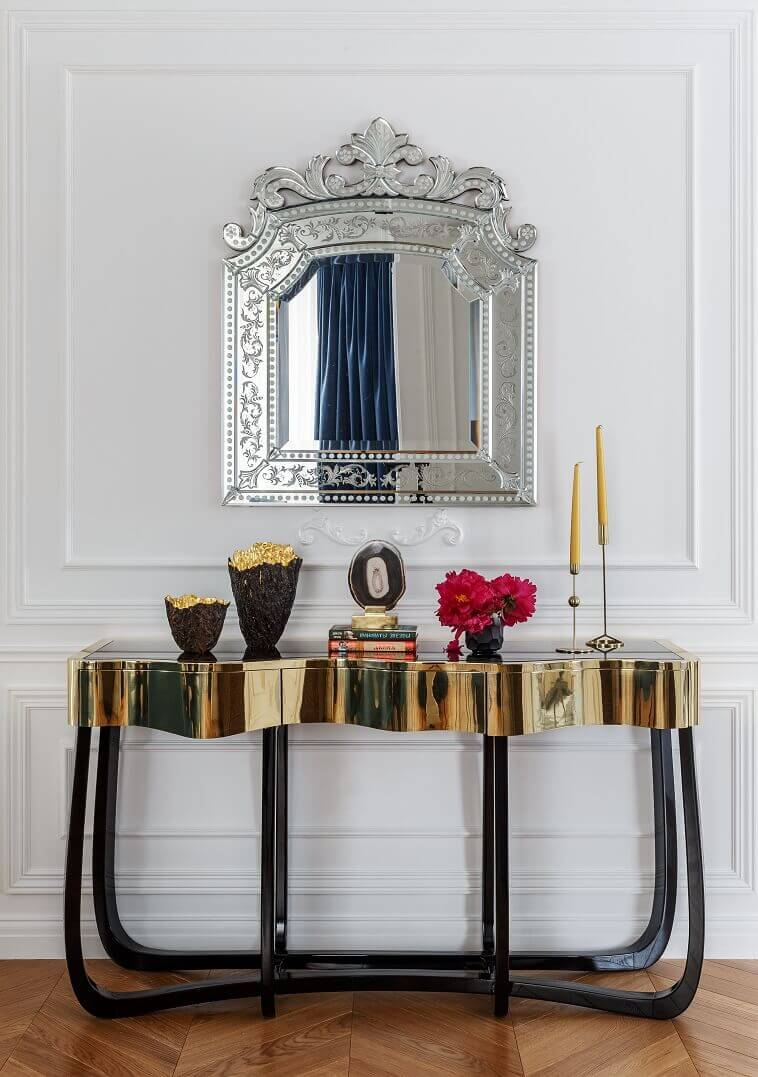 console table design luxury,venetian mirror above console table,luxury mirrors for living room,high end european furniture brands,luxury black and gold console table,