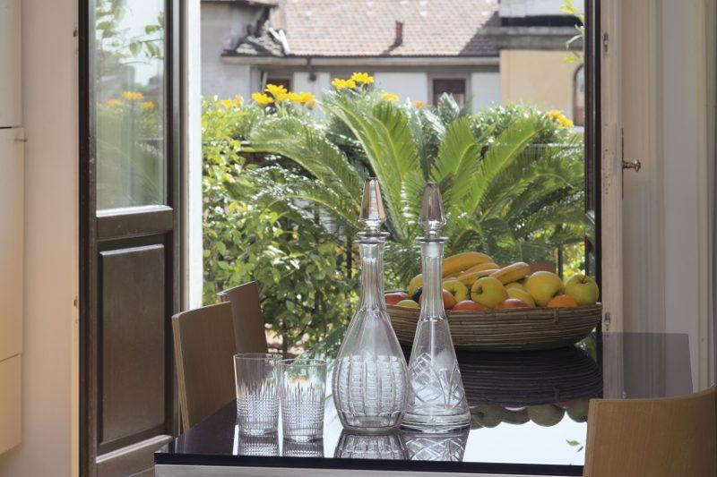 Apartment Design Inspiration - Antique Furniture Meets ...