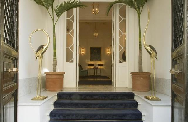 discover-Palazzo-Dama-in-Italy-entryway-e1460456471364.jpg