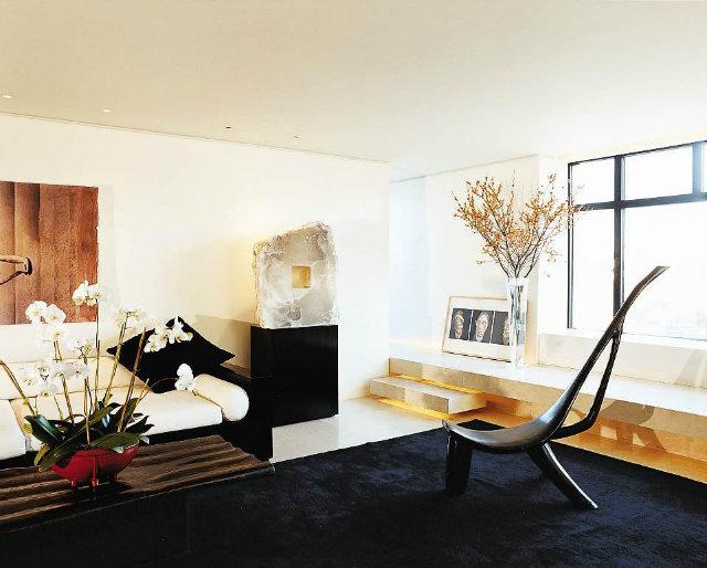 luxury living manhattan,celebrity homes new york,high end living room furniture,artistic living room designs,orchids in living room,