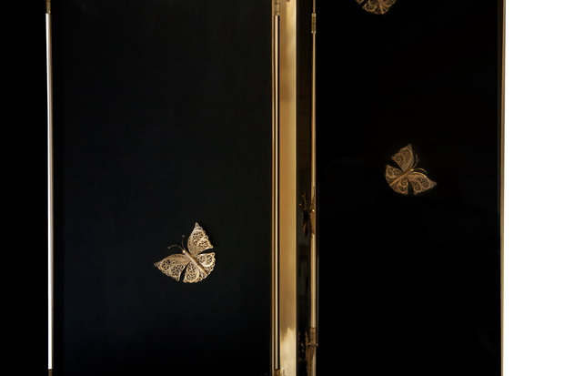 living room screen ideas,luxury screen designs,butterfly interior design,gold butterfly decorations,romantic screen dividers,