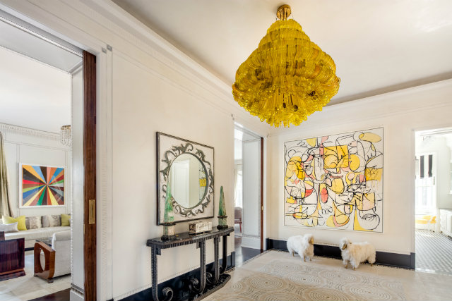 Frank Lloyd Wright's Plaza apartment,famous architects,luxury lobby design,art deco foyer design,art deco apartment design,