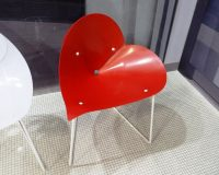 heart shaped chair,red designer chair,heart themed furniture design,salone del mobile milano,trade shows in europe,